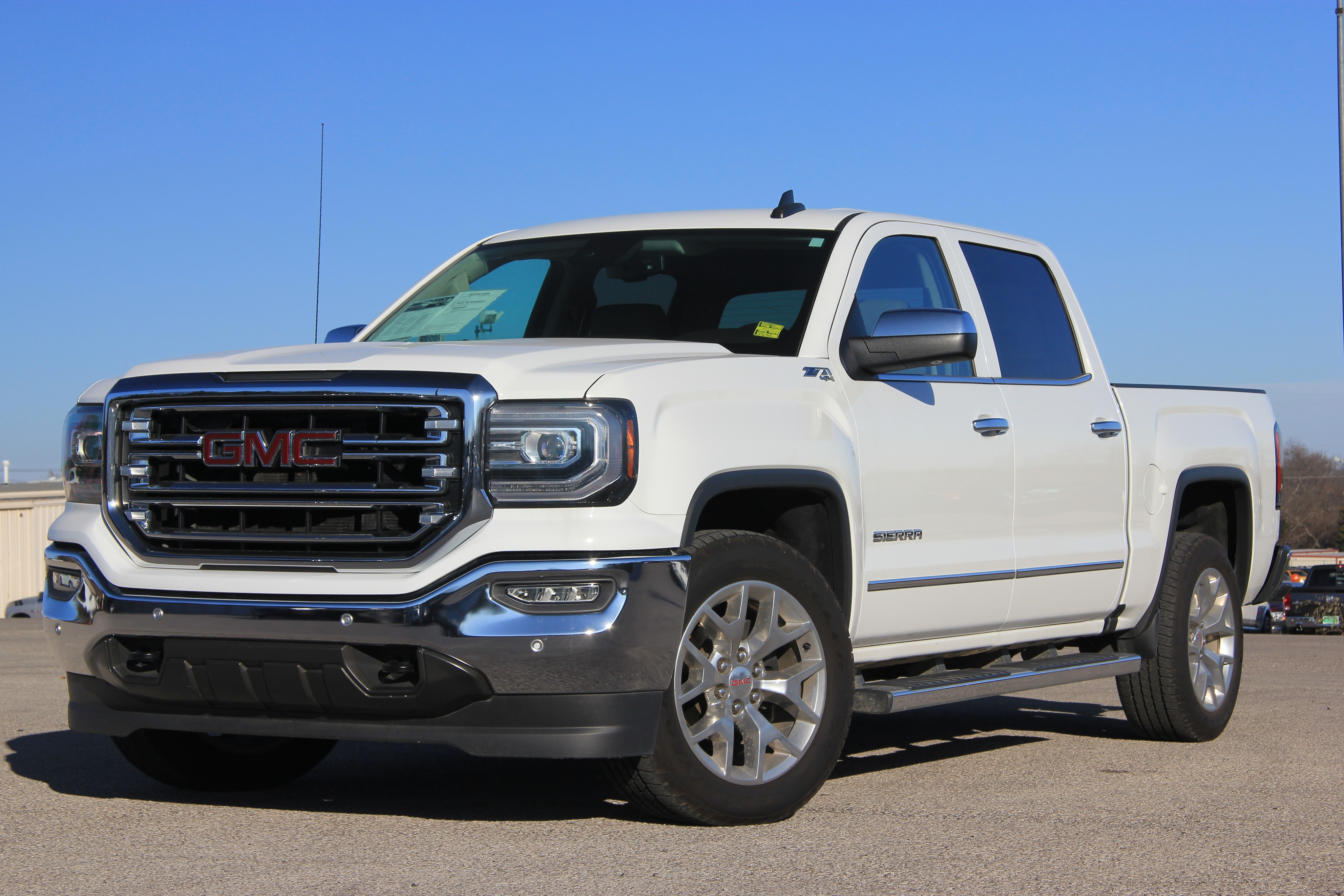 Photo Used 2016 1500 GMC Sierra ONLY 19K MILES 4X4 LEATHER LOADED FACTORY WARRANTY in Ardmore, OK