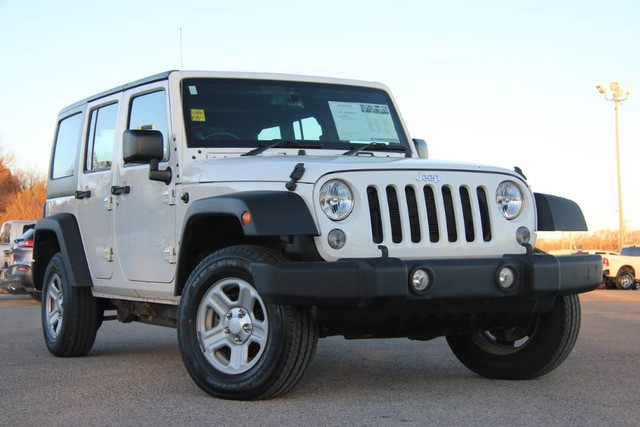 Photo Used 2014 Jeep Wrangler Unlimited RHD LOW MILES ONE OWNER in Ardmore, OK