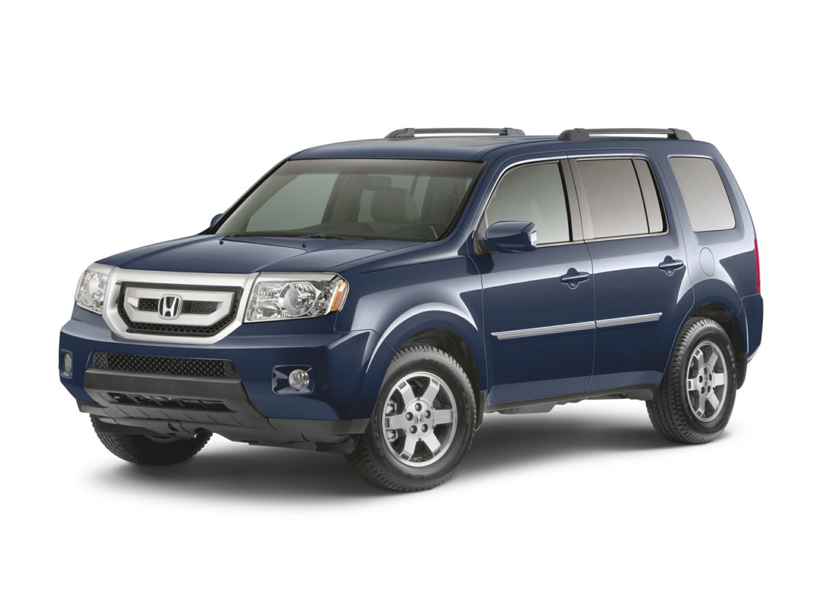 Pre-Owned 2009 Honda Pilot Touring with Navigation & 4WD