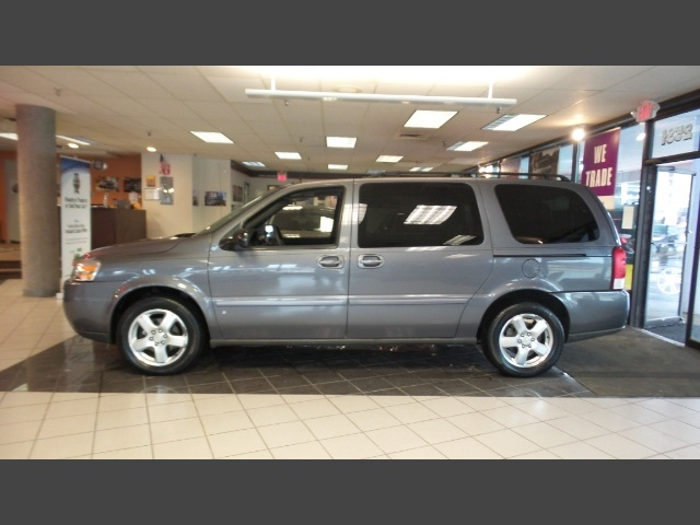 Photo 2007 Chevrolet Uplander LT-DVD for sale in Hamilton OH