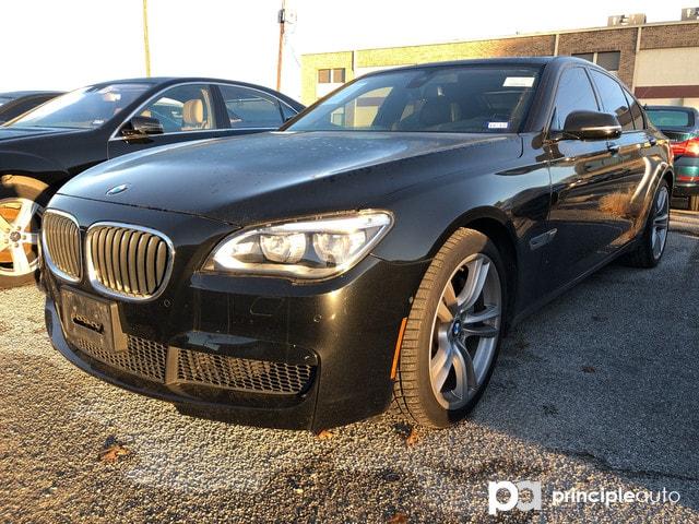 2015 BMW 750i 750i w/ M Sport/ Executive/ Driver Assist Sedan in San Antonio