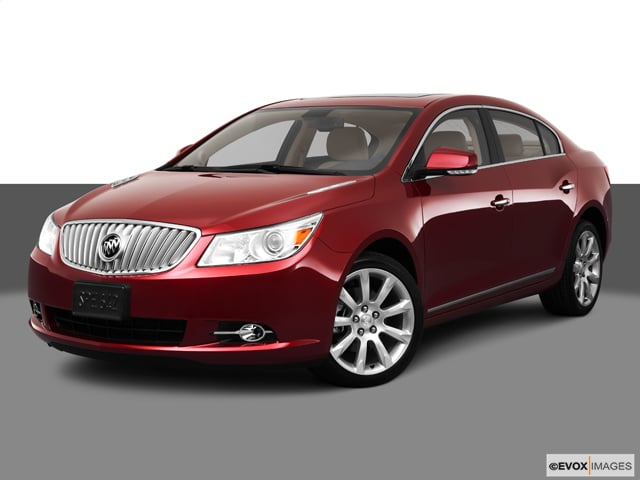 Photo Used 2011 Buick LaCrosse CX Sedan Automatic Front-wheel Drive in Chicago, IL