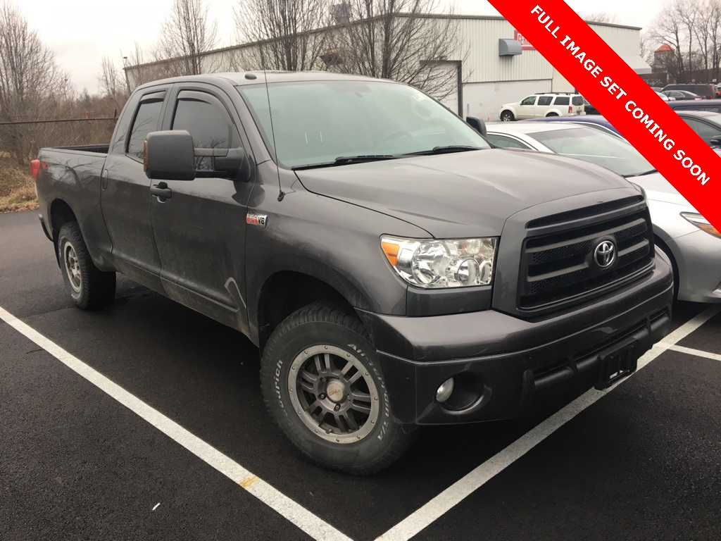 Photo Pre-Owned 2013 Toyota Tundra Rock Warrior 4D Double Cab