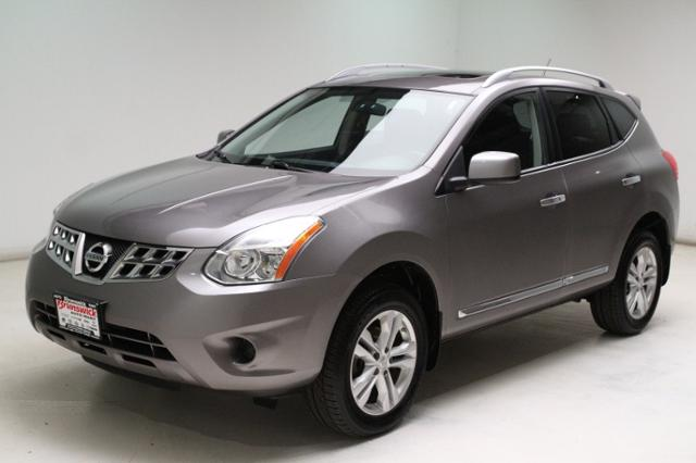 Used 2012 Nissan Rogue FWD 4dr SV in Brunswick, OH, near Cleveland