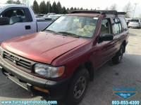 1996 Nissan Pathfinder XE 4-door 2WD