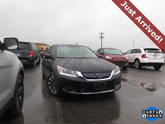 Photo Used 2014 Honda Accord Hybrid EX-L for Sale in Tacoma, near Auburn WA