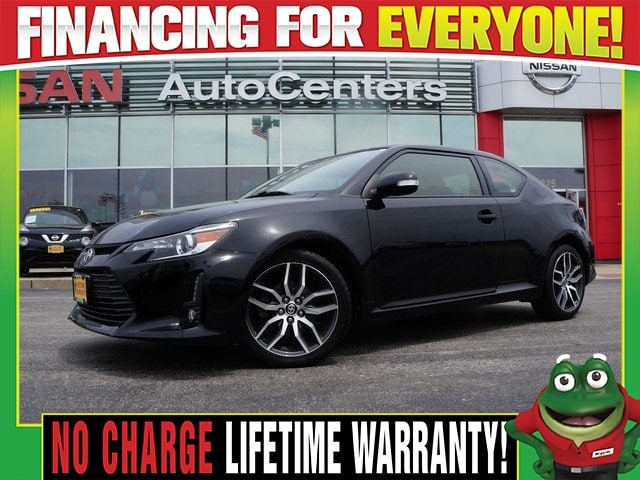 Photo Used 2014 Scion tC Base - Panoramic Roof - Pioneer Audio For Sale Near St. Louis