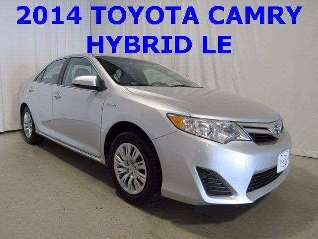 Photo Used 2014 Toyota Camry Hybrid For Sale  Pulaski VA