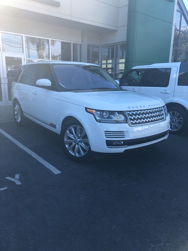 Photo Pre-Owned 2016 Land Rover Range Rover HSE Four Wheel Drive SUV