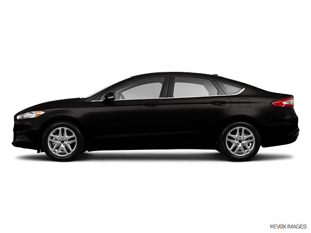 Photo Used 2013 Ford Fusion SE Sedan for Sale in Greenville, TX