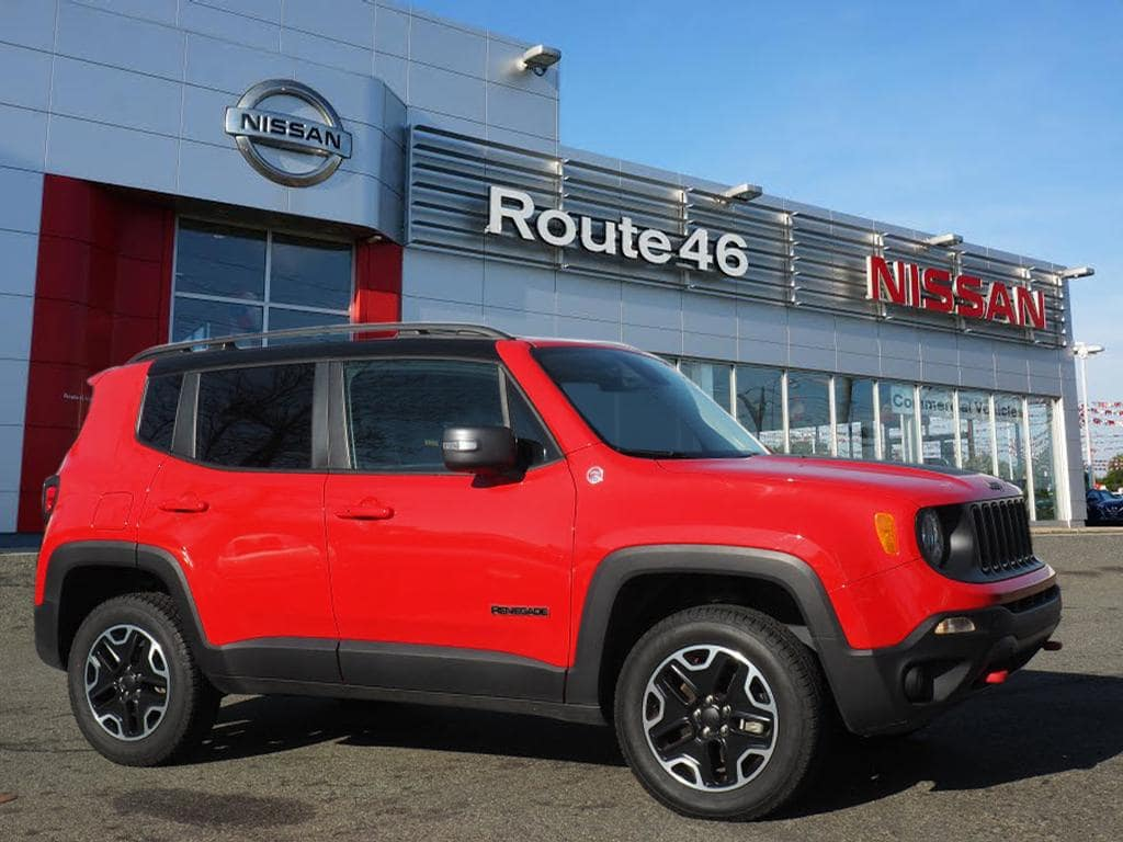 Photo Used 2017 Jeep Renegade Trailhawk 4x4 SUV for sale in Totowa NJ