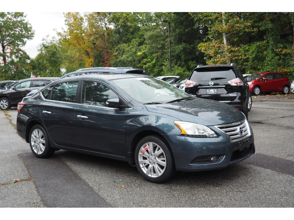 Photo Used 2014 Nissan Sentra SL Sedan for sale in Totowa NJ