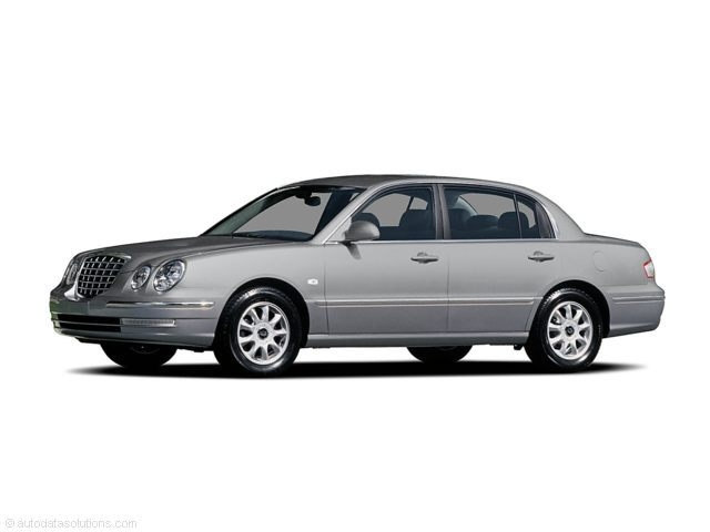 Photo Used 2004 Kia Amanti Base for Sale in Clearwater near Tampa, FL