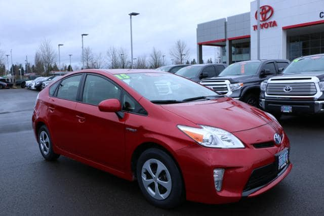 Photo Used 2015 Toyota Prius 5dr HB Three in Salem, OR