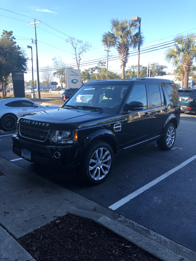 Photo Certified Pre-Owned 2014 Land Rover LR4 LUX Four Wheel Drive SUV