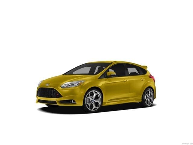 Photo 2013 Ford Focus ST Base in Belmont