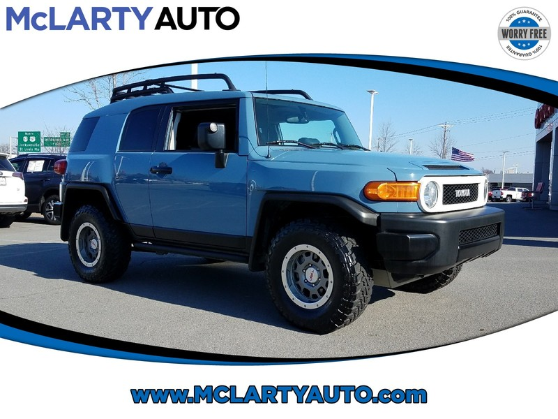 Photo Pre-Owned 2014 TOYOTA FJ CRUISER 4WD 4DR TRAIL TEAMS EDITION Four Wheel Drive Sport Utility