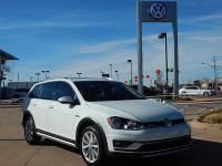 Certified Pre-Owned 2017 Volkswagen Golf Alltrack TSI SE 4Motion AWD
