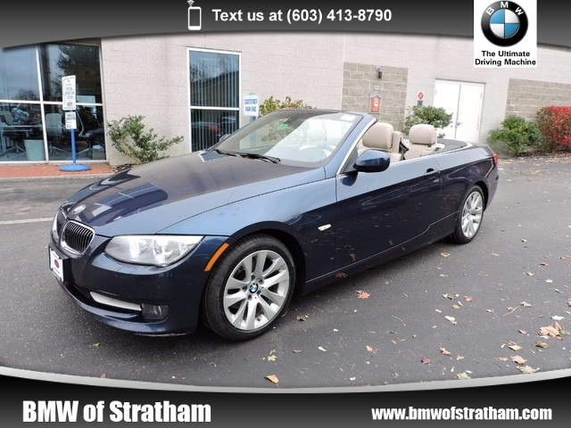 Photo 2011 BMW 328i Convertible 328i COLD WEATHER NAVIGATION PREMIUM PACKAGE Convertible Rear-wheel Drive