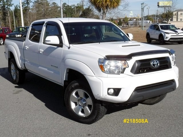 Photo 2012 Toyota Tacoma PreRunner Double Cab TRD Sport 2WD Double Cab LB V6 AT PreRunner