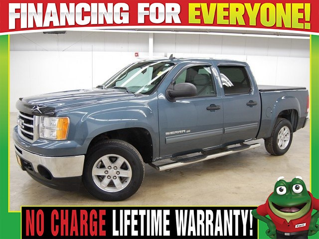 Photo 2012 GMC Sierra 1500 SLE - TOW PACKAGE - BED COVER - BED LINER Truck Crew Cab