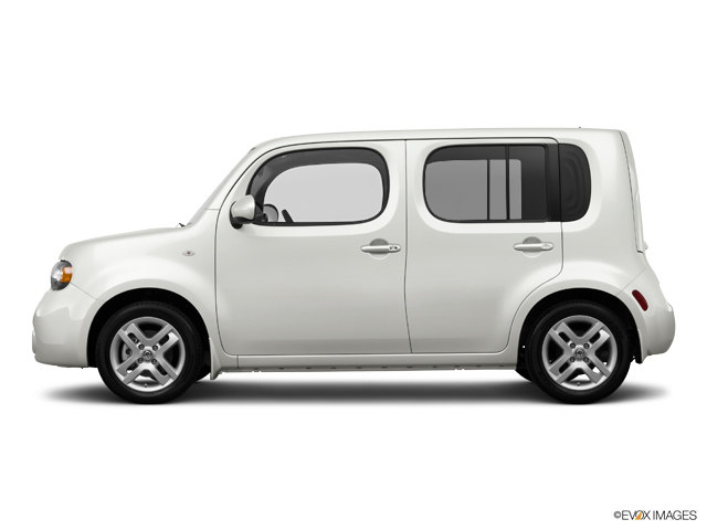 Photo Used 2014 Nissan Cube in Mission Hills, CA