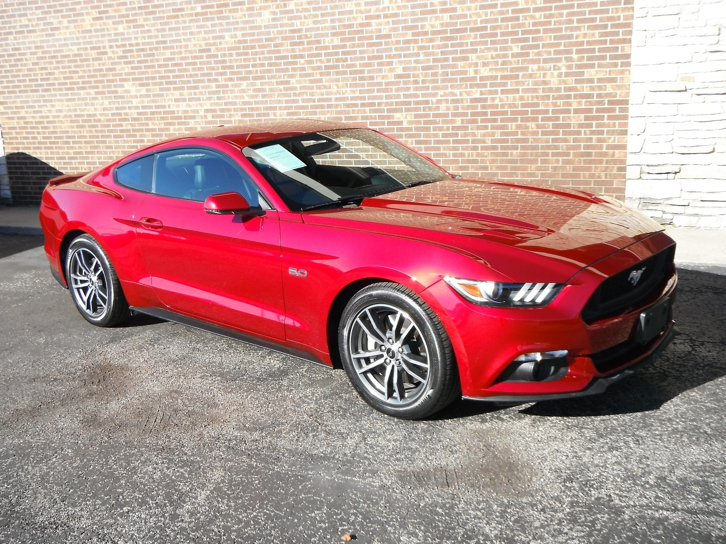 Photo 2015 Ford Mustang GT Premium Coupe For Sale in Woodstock, IL