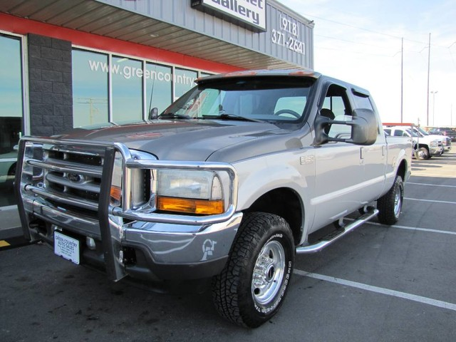 Photo 2001 Ford Super Crew F-250 V10 4x4 Platinum Edition Loaded