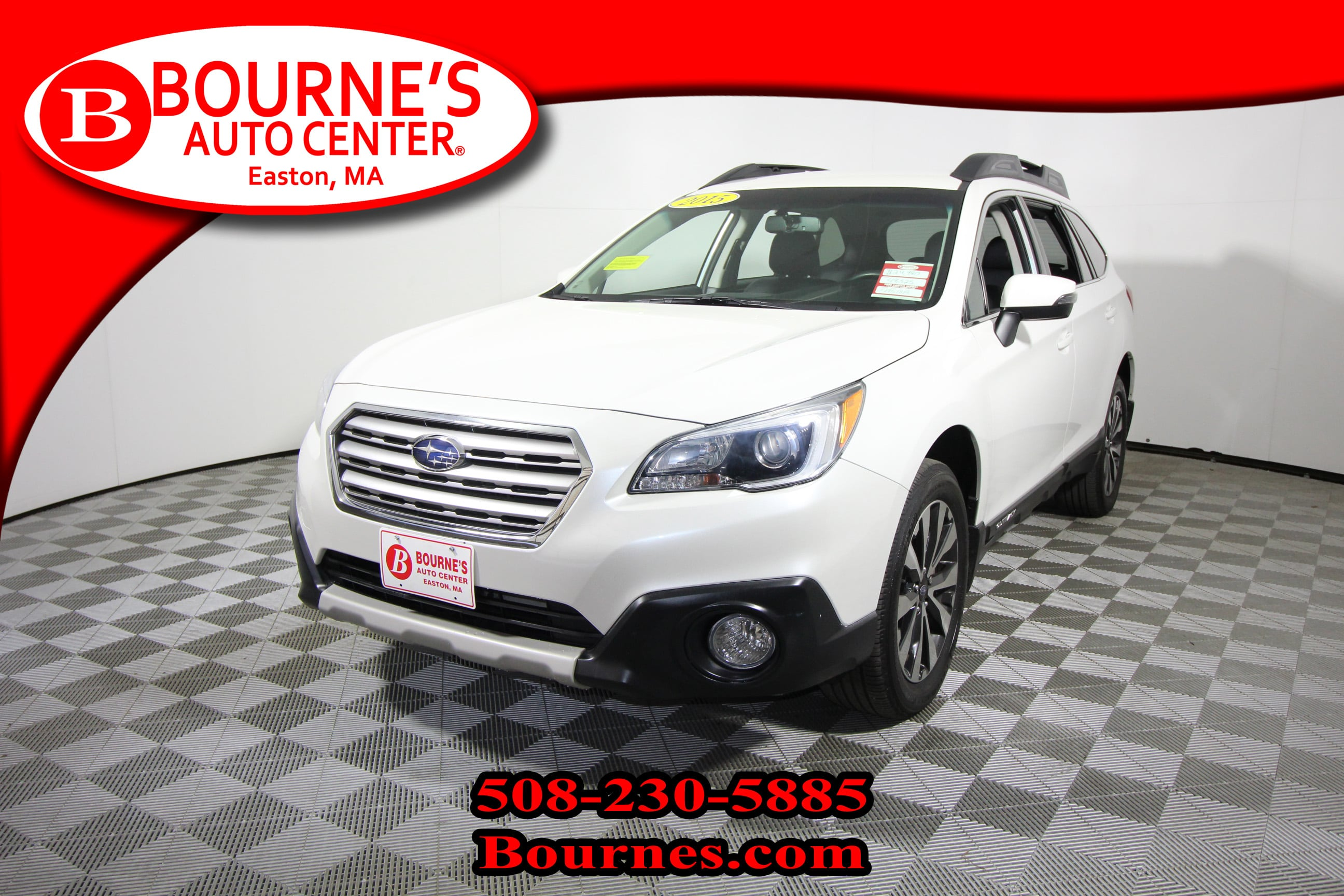 Photo 2015 Subaru Outback 3.6R Limited CVT w Leather And Heated Seats.