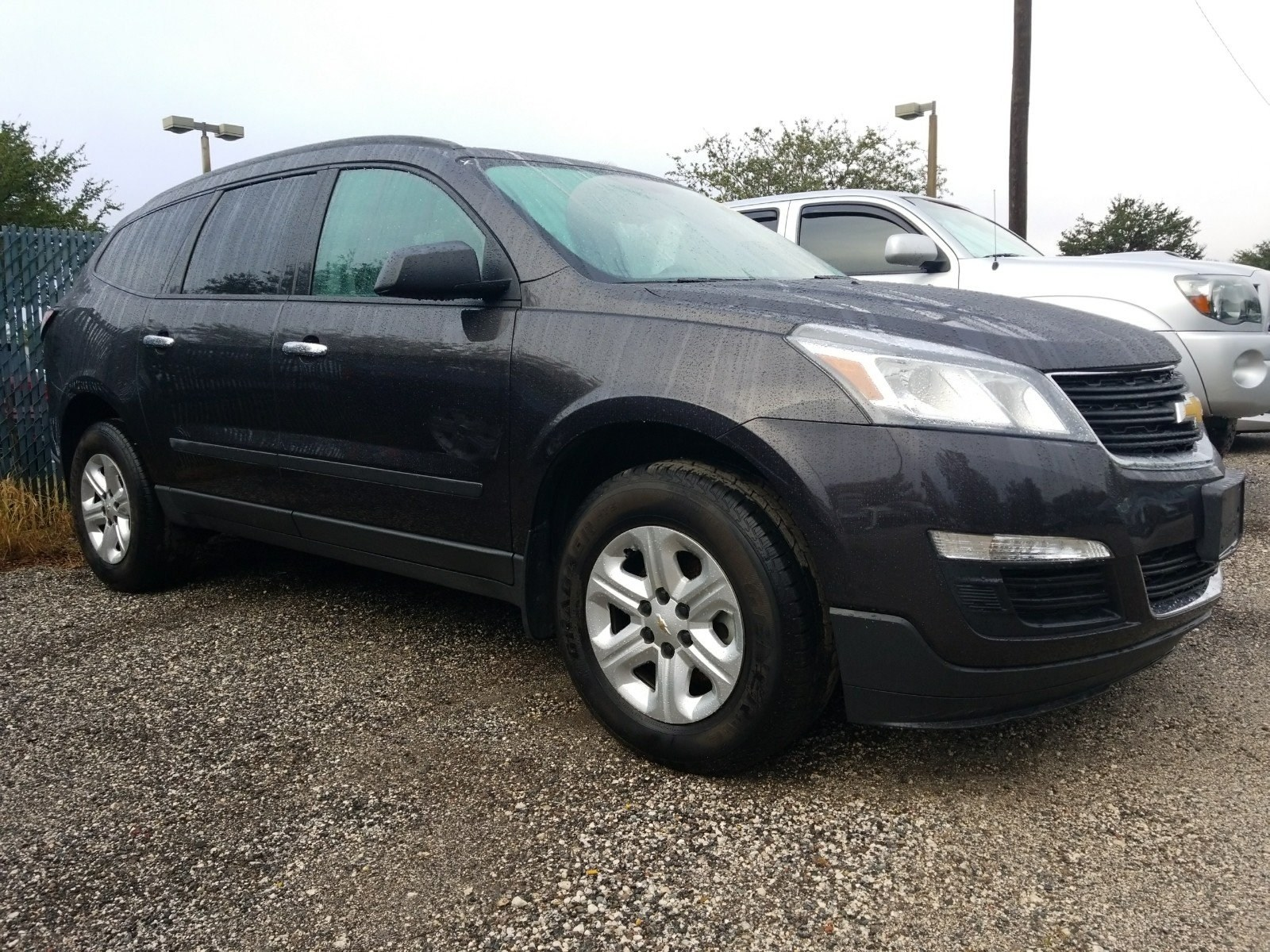 Photo Used 2015 Chevrolet Traverse LS SUV For Sale Leesburg, FL