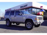 Pre-Owned 2000 Jeep Cherokee 4dr Classic 4WD SUV 4WD