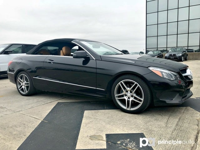Photo Used 2014 Mercedes-Benz E-Class E 350, Leather Seats, Heated and Cooling Seats, Po Cabriolet For Sale San Antonio, TX