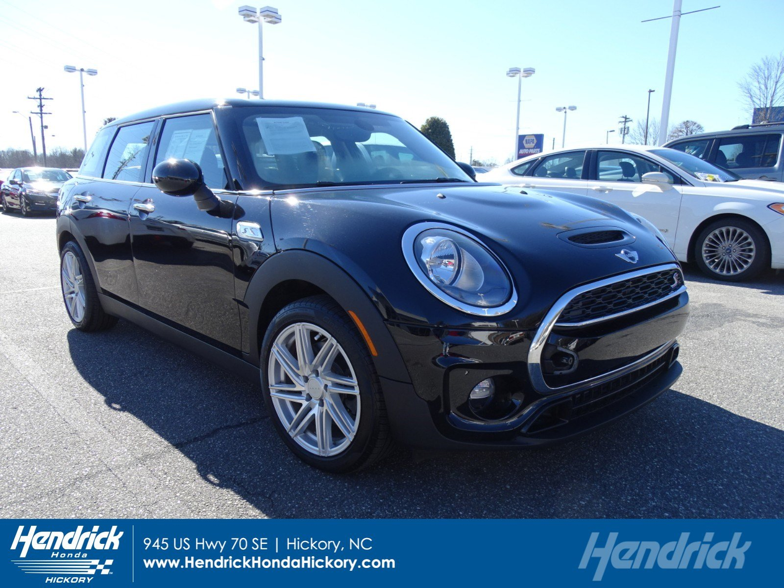 Photo 2017 MINI Clubman Cooper S Clubman Cooper S FWD in Franklin, TN