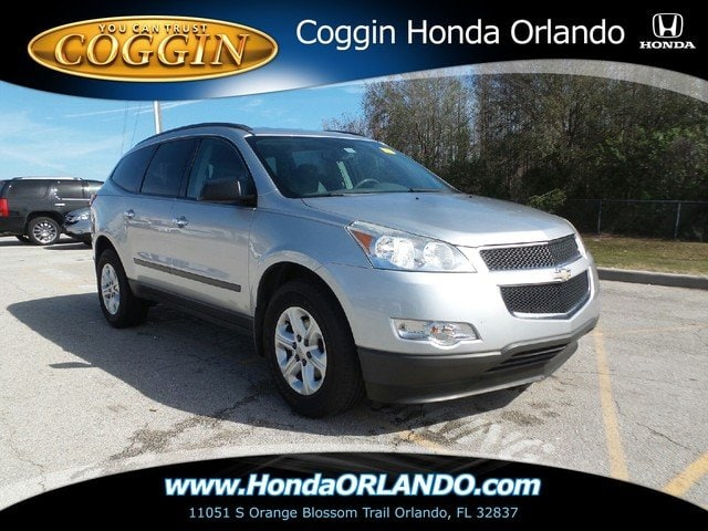 Photo Pre-Owned 2011 Chevrolet Traverse LS SUV in Jacksonville FL