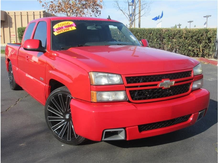 Photo 2006 Chevrolet Silverado 1500 Extended Cab SS Pickup 4D 6 12 ft Truck Extended Cab