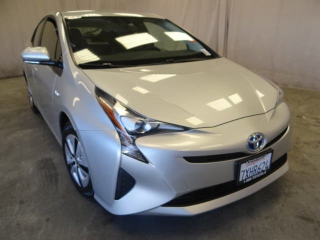 Photo Used 2016 Toyota Prius 5dr HB Four For Sale in Sunnyvale, CA
