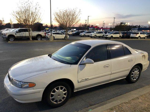 Photo Used 2001 Buick Century Custom Sedan