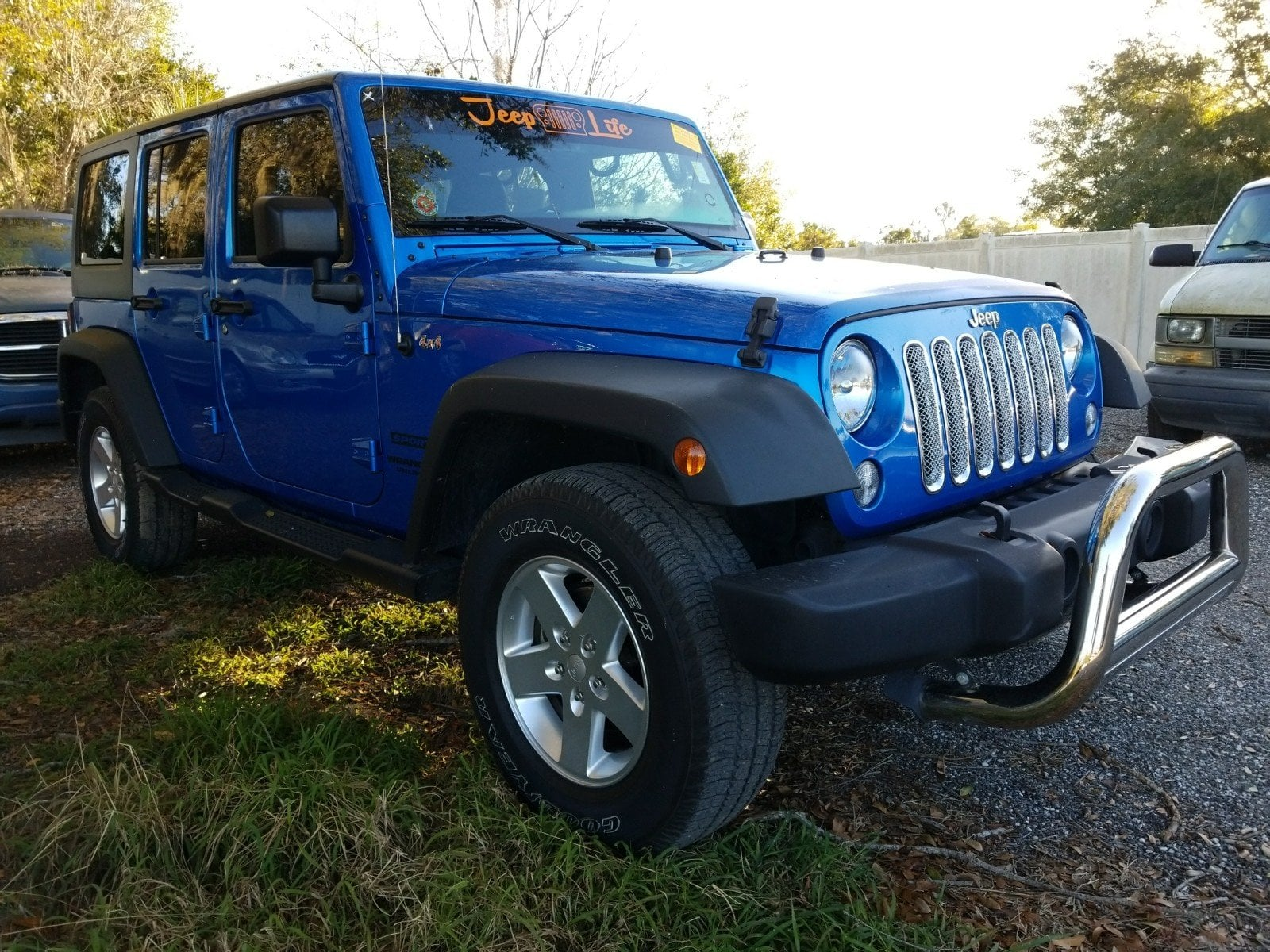 Photo Used 2015 Jeep Wrangler Unlimited Sport 4WD Sport For Sale Leesburg, FL
