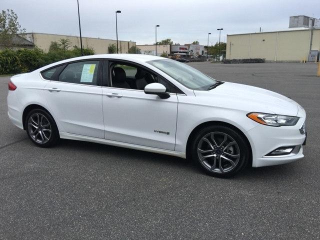 Photo 2017 Ford Fusion Hybrid SE near Worcester, MA