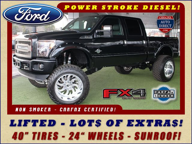 Photo 2015 Ford Super Duty F-250 Pickup Platinum Crew Cab 4x4 FX4 - LIFTED