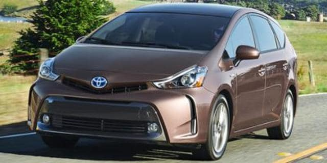 Photo Used 2015 Toyota Prius v 5dr Wgn Three in Salem, OR