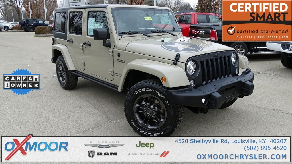 Photo Pre-Owned 2018 Jeep Wrangler JK Unlimited Sport with Navigation  4WD