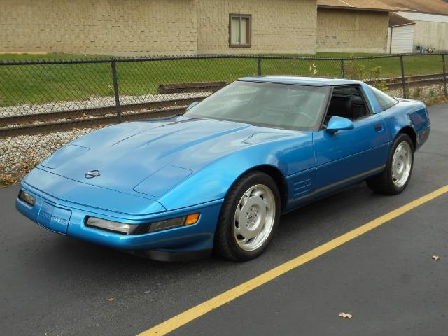 Photo 1992 Chevrolet Corvette 6 Speed Manual Leather Low Miles for sale in Flushing MI