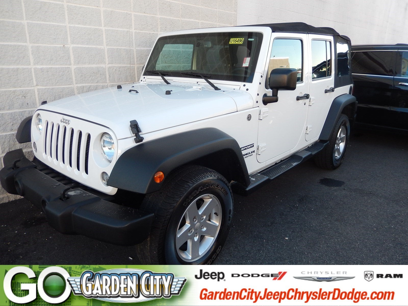 Photo Used 2015 Jeep Wrangler Unlimited Sport 4WD Sport For Sale  Hempstead, Long Island, NY