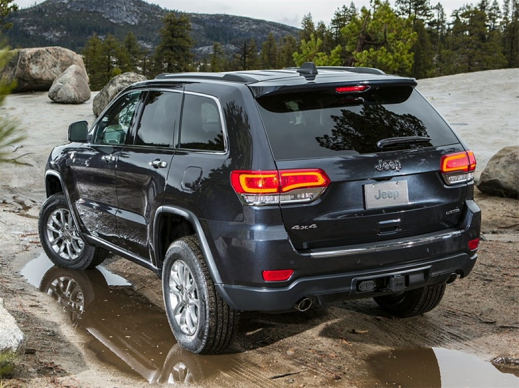 Photo Used 2015 Jeep Grand Cherokee For Sale  Soquel CA