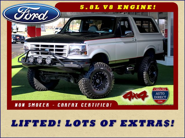 Photo 1994 Ford Bronco XLT 4X4 - LIFTED - LOT OF EXTRA