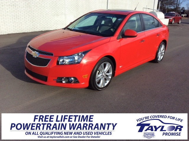 Photo Used 2014 Chevrolet Cruze For Sale  Martin TN