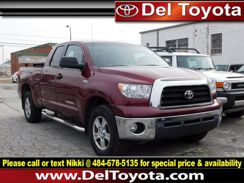 Photo Used 2008 Toyota Tundra 4WD Truck SR5 For Sale  Serving Thorndale, West Chester, Thorndale, Coatesville, PA  VIN 5TBBV54188S517686