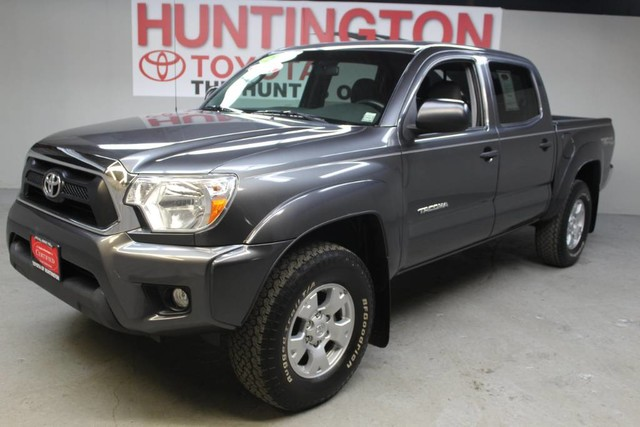 Photo Certified Pre-Owned 2014 Toyota Tacoma SR5 Four Wheel Drive Pickup Truck