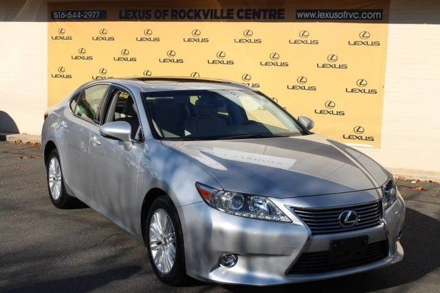 Photo Certified Pre-Owned 2015 Lexus ES 350 LCertied Navigation With Navigation